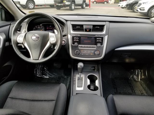 2016 Nissan Altima 2.5 SR 16
