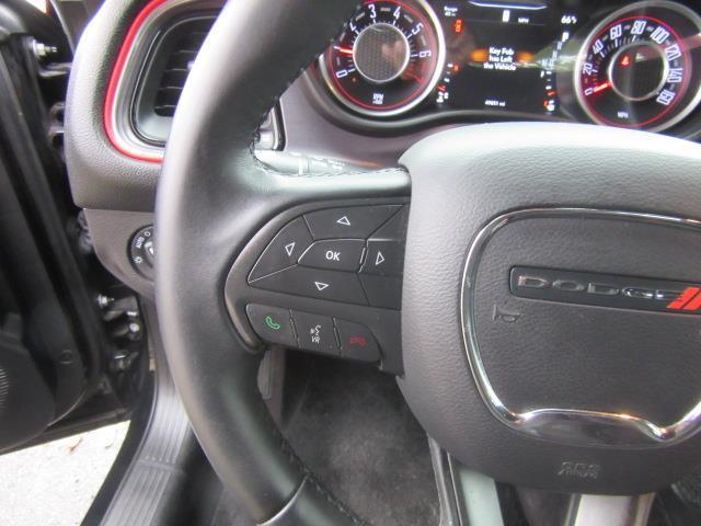 2016 Dodge Challenger SXT 15