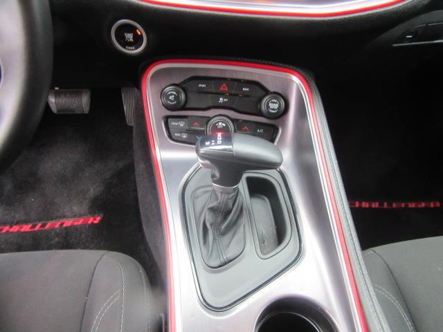 2016 Dodge Challenger SXT 20