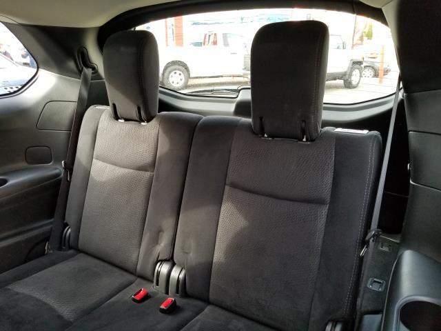 2015 Nissan Pathfinder S 12