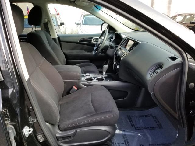 2015 Nissan Pathfinder S 13