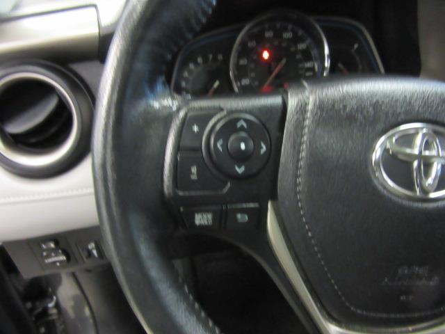 2015 Toyota RAV4 Limited 19