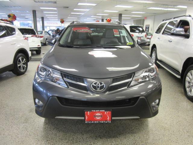2015 Toyota RAV4 Limited 4