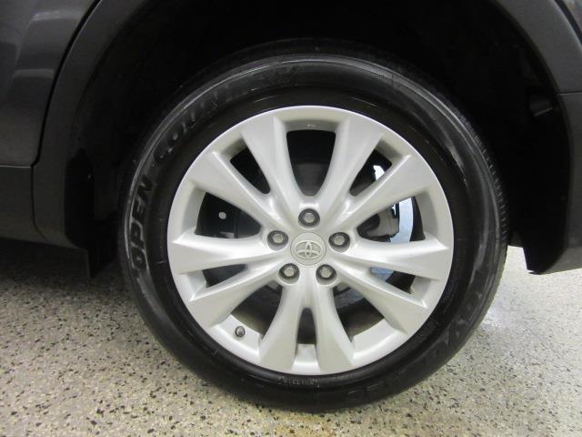 2015 Toyota RAV4 Limited 8