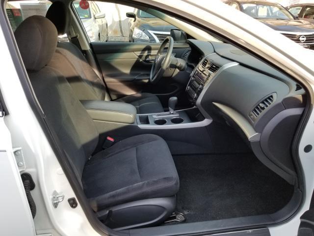 2015 Nissan Altima 2.5 S 12