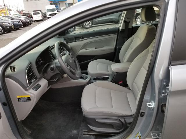 2017 Hyundai Elantra SE 8