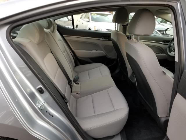2017 Hyundai Elantra SE 13