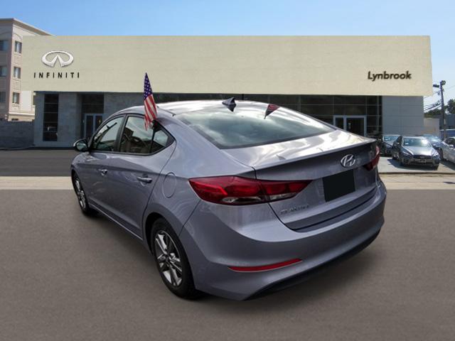 2017 Hyundai Elantra SE 1