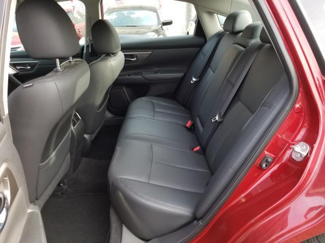 2015 Nissan Altima 2.5 SL 9