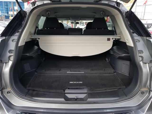 2016 Nissan Rogue SV 7
