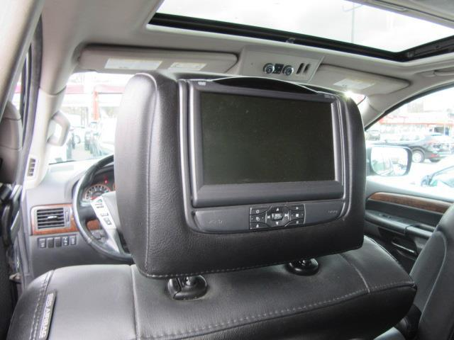 2013 Nissan Armada SL 14