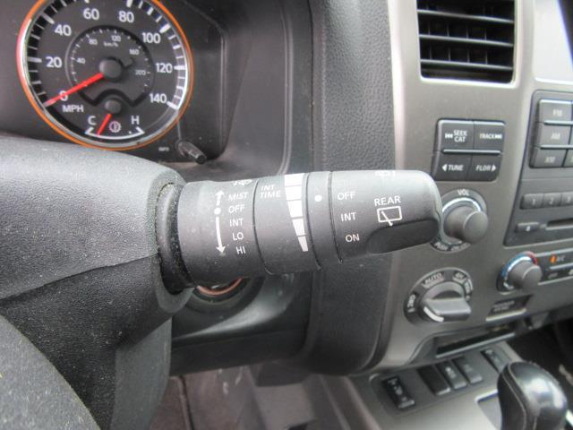 2013 Nissan Armada SL 22