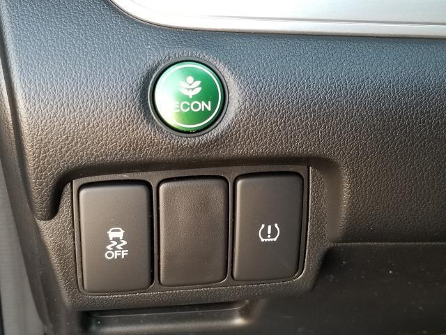 2016 Honda CR-V SE 18