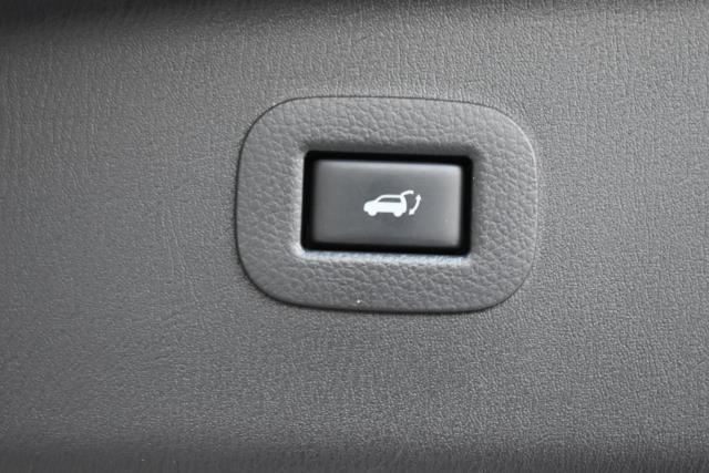 2015 INFINITI QX80 4WD 4dr 4
