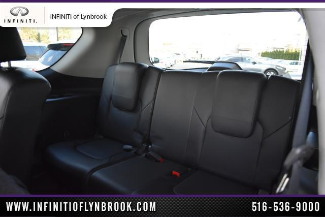 2015 INFINITI QX80 4WD 4dr 7