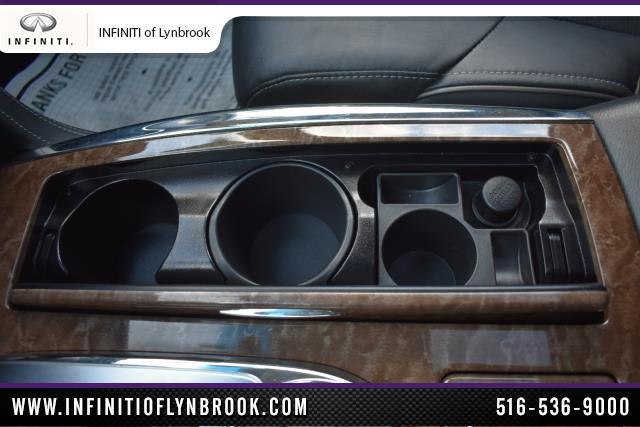 2015 INFINITI QX80 4WD 4dr 24