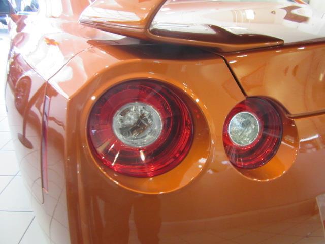 2018 Nissan GT-R Premium 6