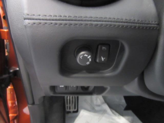 2018 Nissan GT-R Premium 13