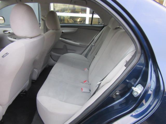 2013 Toyota Corolla LE 10