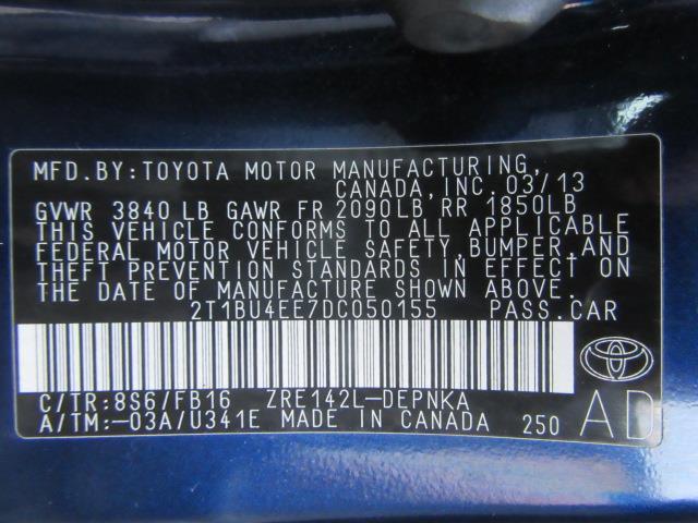 2013 Toyota Corolla LE 28