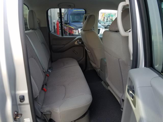 2016 Nissan Frontier S 13