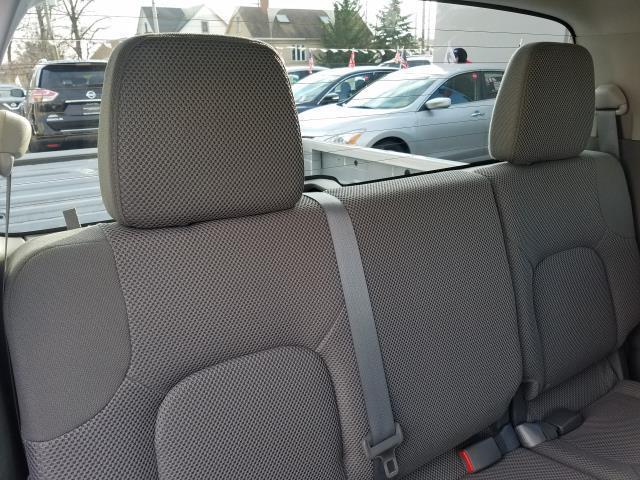 2016 Nissan Frontier S 15