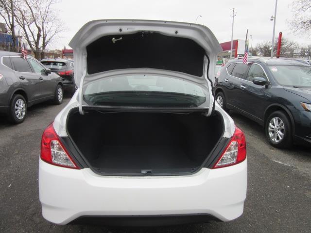 2018 Nissan Versa Sedan S Plus 3