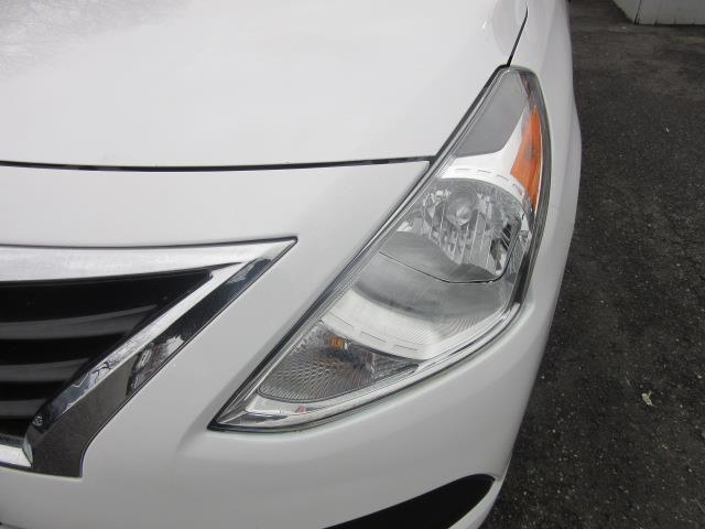 2018 Nissan Versa Sedan S Plus 6