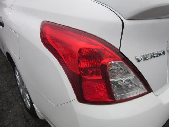 2018 Nissan Versa Sedan S Plus 7