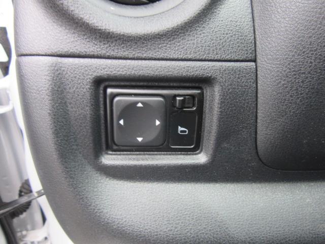 2018 Nissan Versa Sedan S Plus 14