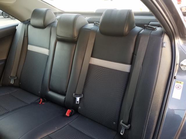 2013 Toyota Camry SE 11