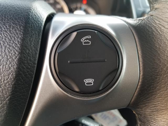 2013 Toyota Camry SE 21