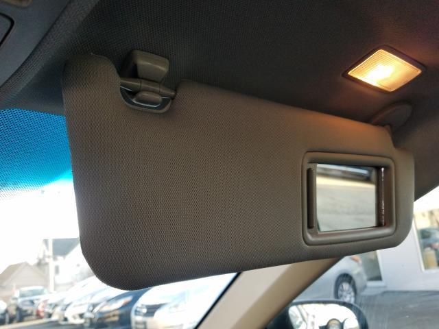 2013 Toyota Camry SE 26