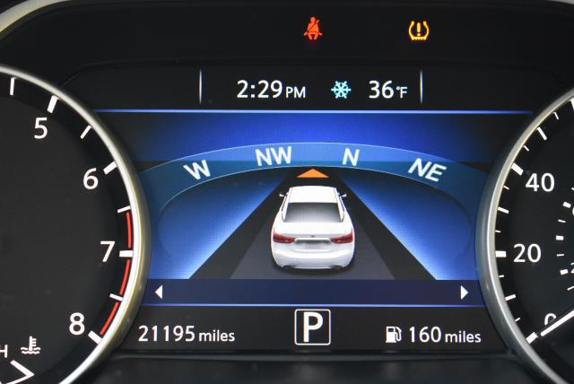 2016 Nissan Maxima 3.5 SV 27