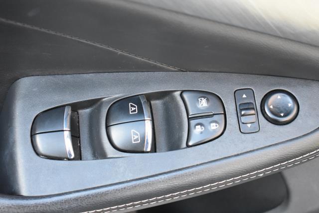 2016 Nissan Maxima 3.5 SV 16