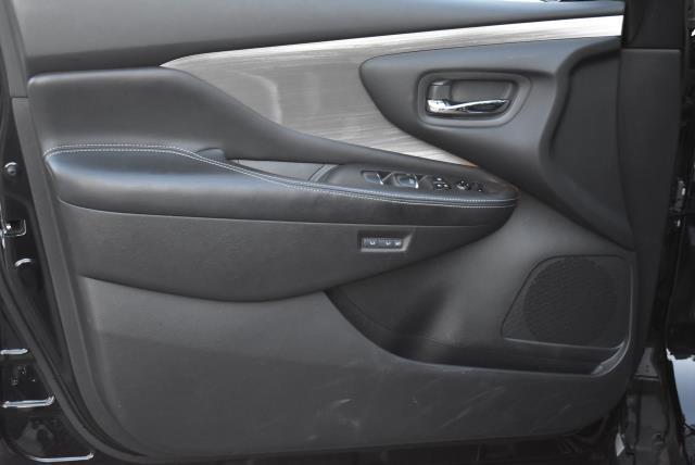 2015 Nissan Murano Platinum 16