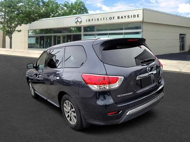 2013 Nissan Pathfinder S 1