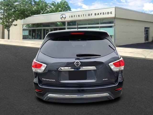 2013 Nissan Pathfinder S 2