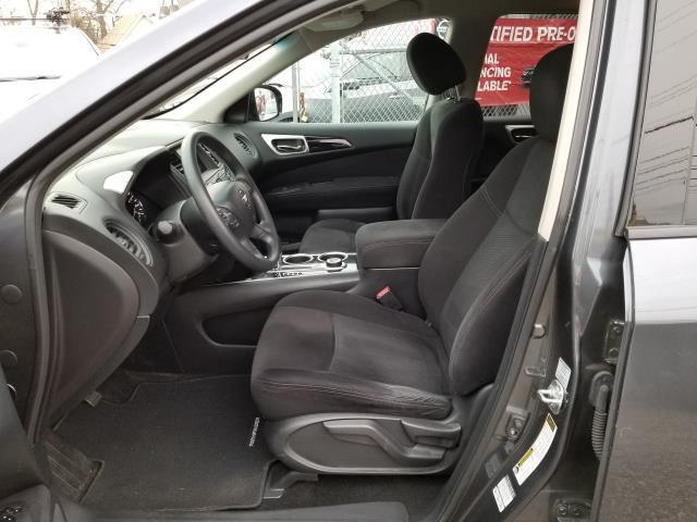2013 Nissan Pathfinder S 8