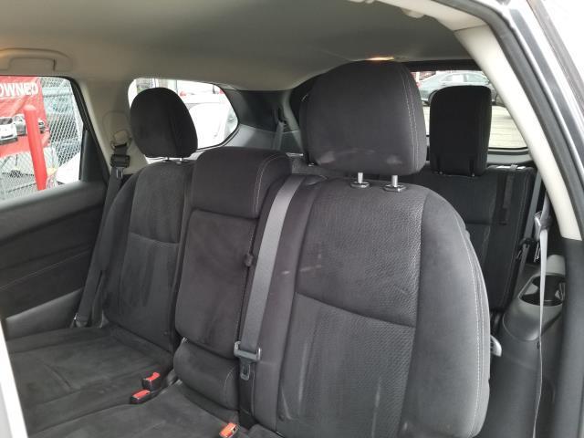 2013 Nissan Pathfinder S 11