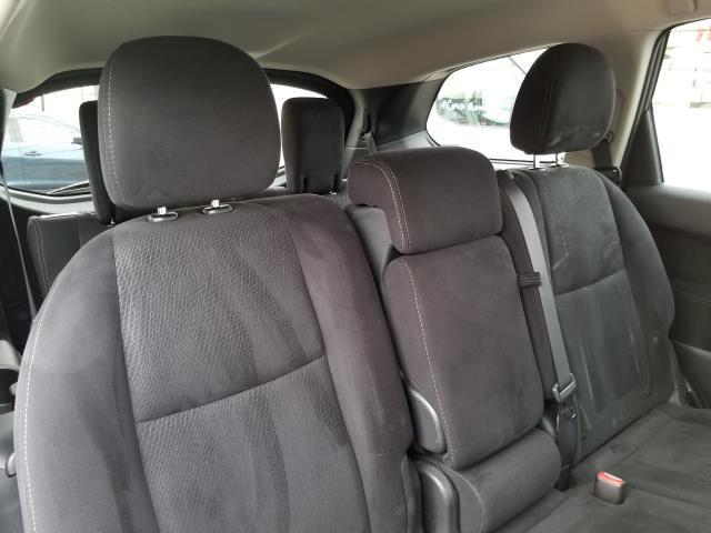 2013 Nissan Pathfinder S 16