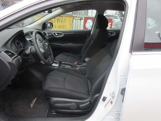 2018 Nissan Sentra SR 11