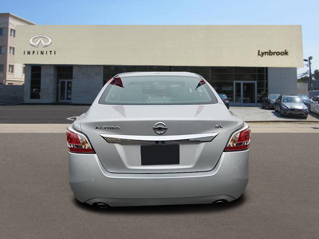 2015 Nissan Altima 2.5 SV 2