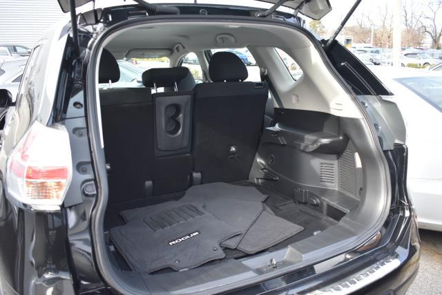 2016 Nissan Rogue S 4