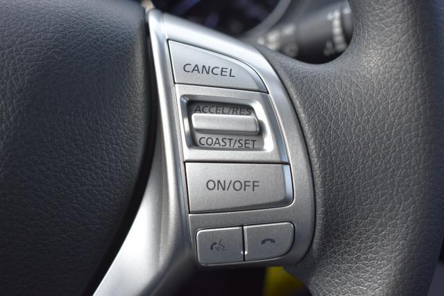 2016 Nissan Rogue S 15