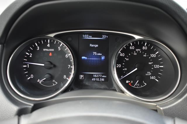 2016 Nissan Rogue S 13