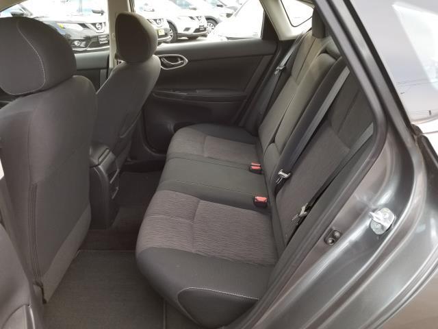 2015 Nissan Sentra SV 9