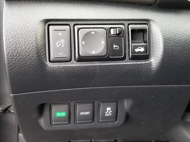 2015 Nissan Sentra SV 18