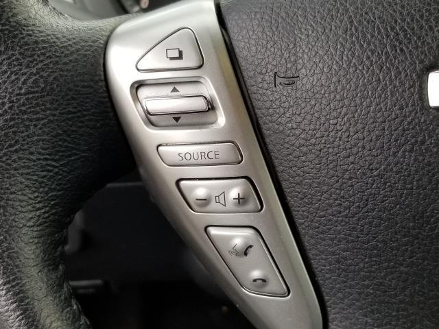 2015 Nissan Sentra SV 19
