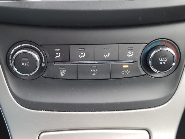 2015 Nissan Sentra SV 22